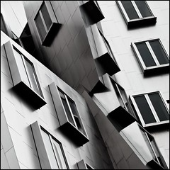 Collapse (Tailer Ransom) Tags: cambridge abstract boston canon eos nikon mit geometry massachusetts gehry stata center 7d p minimalism archtecture dreamcatcher ransom xsi williamscollege lockwood tailer ministract tailerransom explore4andfrontpage collapsingdownto367