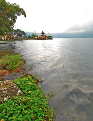 Less is more, more is less (knoXZee - cum-in!!!!) Tags: bali lake indonesia temple danau candikuning
