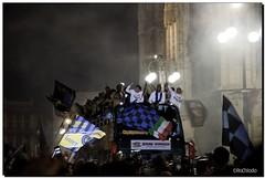 G-Inter Scudetto 18 - Milano 17 (Ròòò) Tags: milano duomo festa calcio inter fcinternazionale zanetti scudetto campioni campionato nerazzurri milito interisti