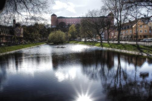 Uppsala. Estanque y castillo.