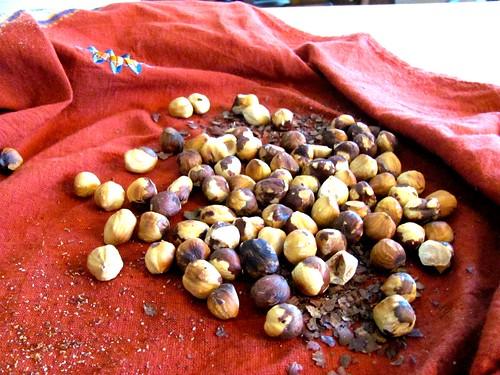 Roasting, skinning & candying hazelnuts
