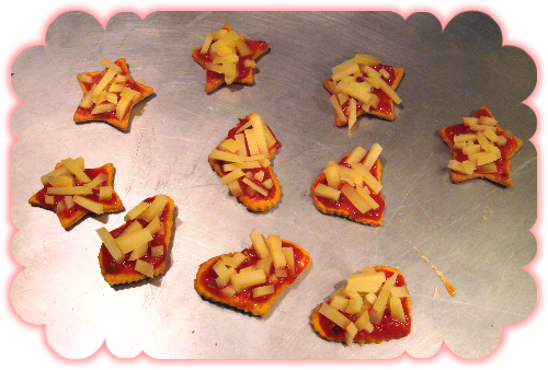 heart and star mini pizzas