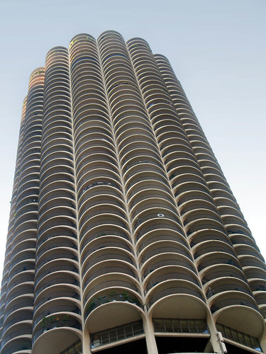 "Chicago 56 • <a style=""font-size:0.8em;"" href=""http://www.flickr.com/photos/30735181@N00/3421936582/"" target=""_blank"">View on Flickr</a>"