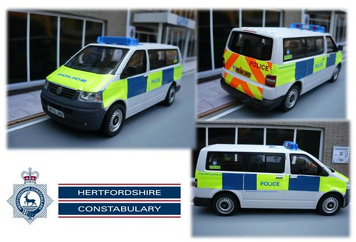 Hertfordshire Police VW T5 Transporter Minibus - Station Van