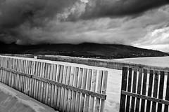 Valdevaqueros [_MG_2548] (alvaropc) Tags: bw espaa white black blanco beach clouds spain sand dune negro playa andalucia bn arena nubes cadiz duna 2008 diciembre tarifa nwn valdevaqueros