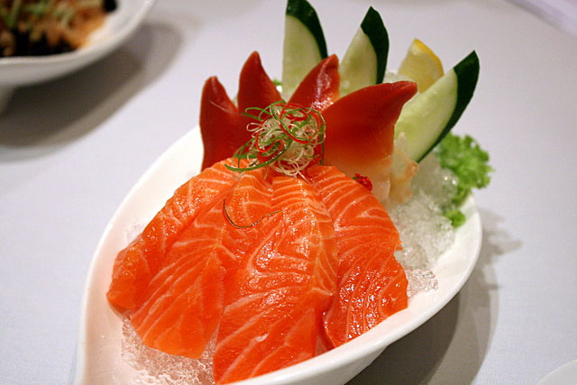 Salmon and Hokkigai Sashimi