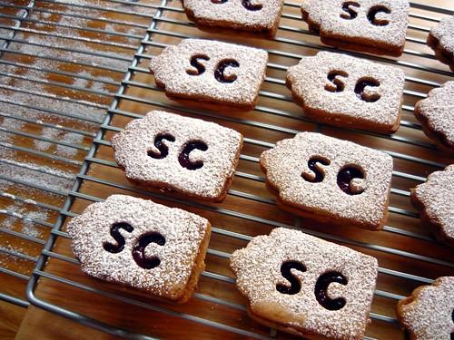 Raspberry & Nutella Linzer Cookies