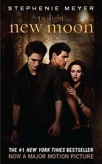 New Moon Paperback--Movie Edition by Luuuucia:)