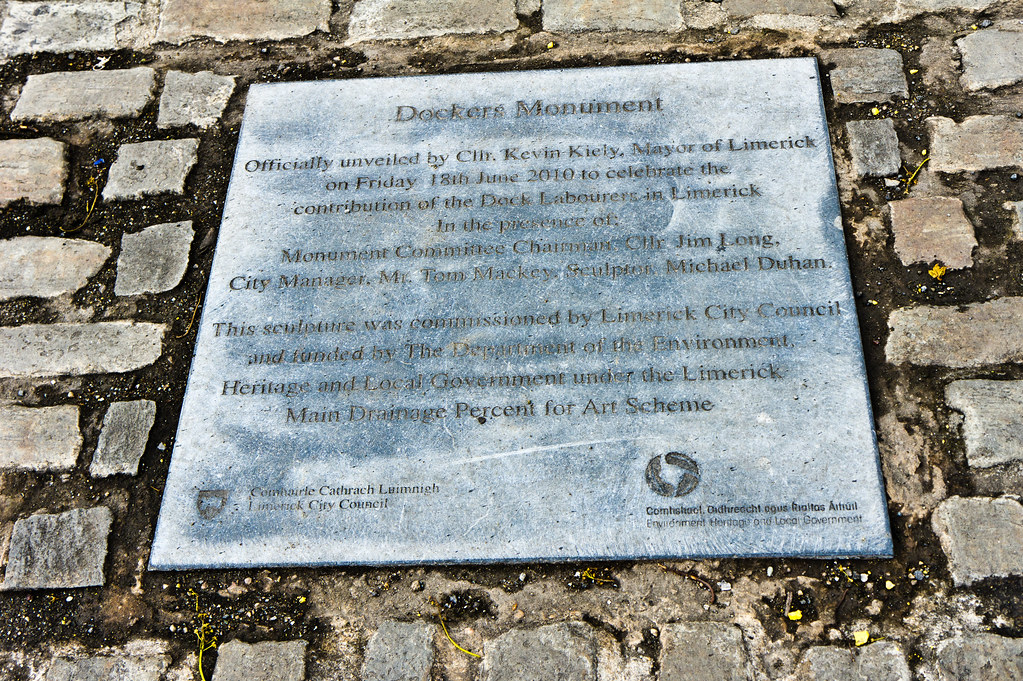 Limerick - The Dockers Monument