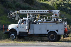 AT&T TRUCK with TELSTA AERIAL DEVICE (Navymailman) Tags: truck bucket