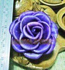 klobot bunga mawar besar daun terbalik 1