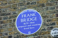 Photo of Frank Bridge blue plaque