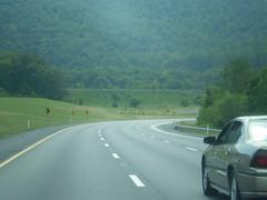 Returning to Westbound Traffic (riffsyphon1024) Tags: chattanooga i24 rightarrow yellowsigns interstate24 threelanes monteaglemountain
