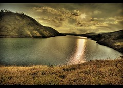 Watching the Watcher ! (rAmmoRRison) Tags: light sun india lake nature landscape sungod tamilnadu ooty niligiris incredibleindia rammorrison enchantingtamilnadu india10mm