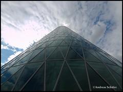 ppelwoiglas (andy330) Tags: tower deutschland hessen frankfurt olympus westhafen westhafentower e30 ffm zd gerippte