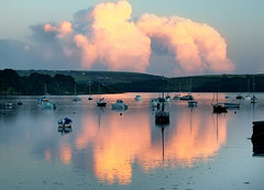 Topaz 01 (tramsteer) Tags: uk sunset england cloud seascape water weather reflections coast nikon shorelines estuary devon kingsbridge topaz westcountry cumulonimbus salcombe southhams noisereduction southdevon cunim southwestengland bowcombe tramsteer