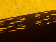 Luz y sombra / Light and shadow / Sol (purolipan) Tags: sun sol yellow contrast shadows amarillo heat simple sombras calor anawesomeshot sontraste purolipan