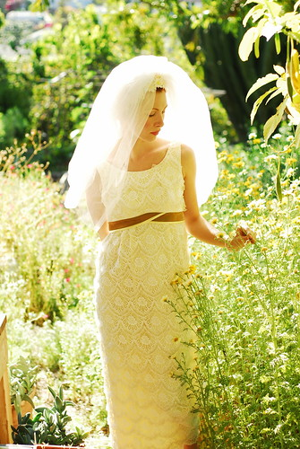 1960 39s Sunflower Wedding Dress Isn 39t this the cutest