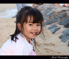 Heart touching smile... (Jikesh k) Tags: fab cute beach girl smile singapore child olympus ecp cutesmile abigfave e520 hearttouchingsmile cutelittlemodel jikesh