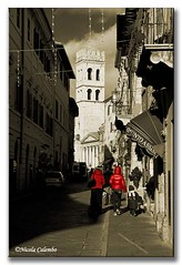Assisi 010. (nic57foto) Tags: italy natale rosso assisi umbria nic57foto