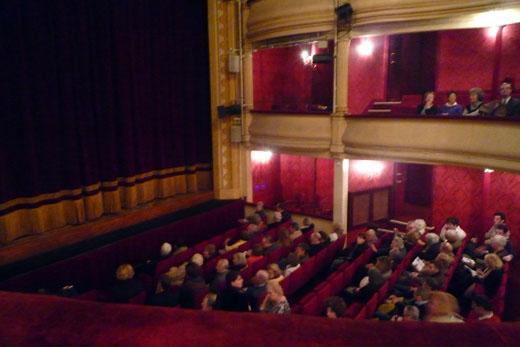 25_fevrier_2009_au_theatre_P1020143