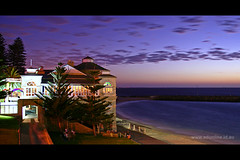 Indiana Tea House (Adam Dimech) Tags: city sun house building beach architecture night landscape evening seaside twilight sand surf tea dusk indiana australia perth wa cottesloe westernaustralia nightfall restauarant cottesloebeach indianateahouse