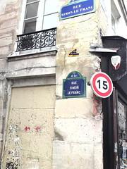 Paris invaded (ellevegas) Tags: paris spaceinvaders invaded