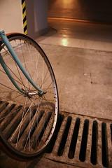MNIEJ cieek rowerowych!! (krakow.bicycles) Tags: city urban bike bicycle town poland polska krakow tunnel infrastructure bikelane tunel cycletrack 2009 velo fahrrad rower bicyclelane poordesign cyclelane maopolska maopolskie krakoff