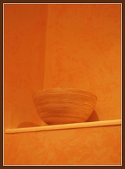 edny - pot (saba`) Tags: orange silhouette photography saba photo hungary stripes picture pot breaker magyarorszg srga narancs sziluett dbrnte vonalak vonal tr edny