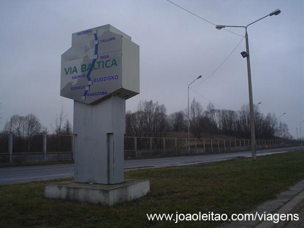Estrada Trans Europa, placa da Via Baltica
