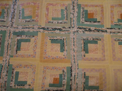log cabin quilt top detail