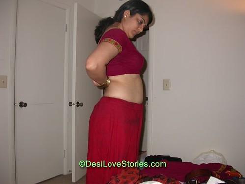 indian auntys imges saree remove
