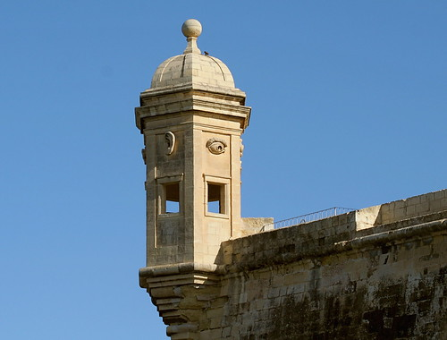Watch Tower; Grand Harbour, Malta por foxypar4.