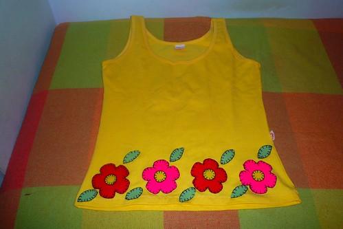 Camiseta Feltro - Flores
