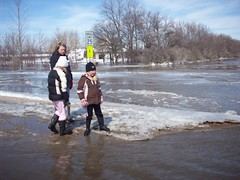 they wanted to walk across (legallyglinda) Tags: flood 2009 westfargo sheyenneriver