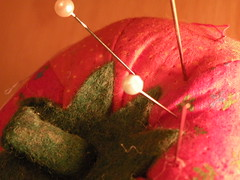 warm (melonscope) Tags: lighting red macro warm pins clear needles cushion tomoto