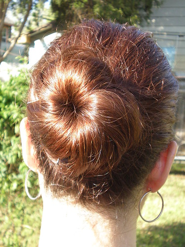 Kasmira's messy bun. I promise to stop raving but really, this hairstyle has