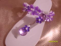 Havaianas branca e lils (Aziza Arteira) Tags: flipflop havaianas sandlia acessrios bordada customizada pedrarias