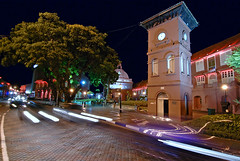 Stadthuys Museum Complex (Firdaus Mahadi) Tags: city light building art history tourism dutch night lights architechture nikon neon colonial arts culture tourist malaysia government historical lighttrails dri sejarah melaka cultural malam malacca seni jonker adat budaya lampu lighttrail  stadthuys bandar kolonial jonkerstreet nikonian jonkerwalk bangunan digitalblending belanda bandarhilir kerajaan eyeonmalaysia malaccahistoricalcity thestadthuys senibina pelancongan stadthuysmuseumcomplex tokina1116mmf28 pelancong firdausmahadi melakabandarayabersejarah firdaus kompleksmuziumstadthuys