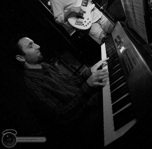 Danny Green Quartet at South Park Bar and Grill 51009© Michael Klayman-004