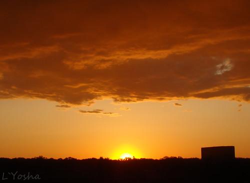 Sunset during drizzle ©  L`Yoshka