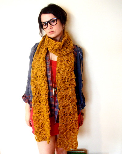softspoken crochet open mouth scarf in golden