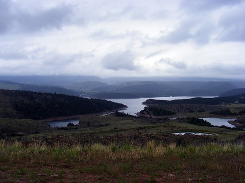 Flaming Gorge Reservoir view