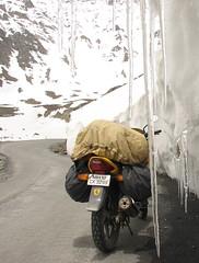 Leh Road Trip (Harsh Vardhan) Tags: india karizma biketrip baralacha sarchu darcha