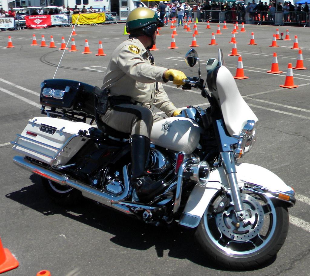 Tucson arizona motor vehicle department adot 39 s new road for Motor vehicle department tucson