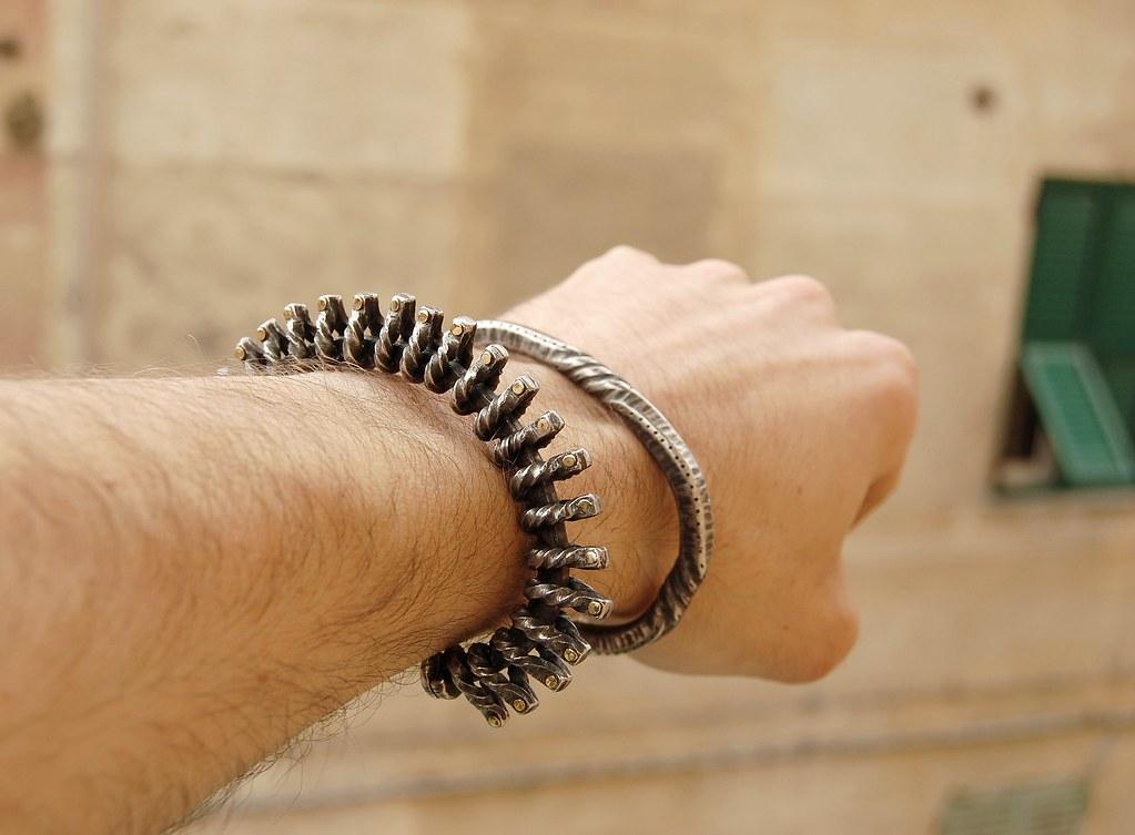 Clap Bracelet (2010, IT) Bracelet 15.1