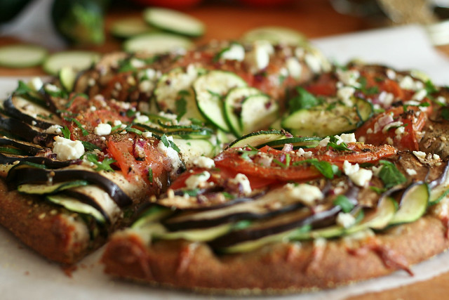 Ratatouille Pizza   thehealthyfoodie.com