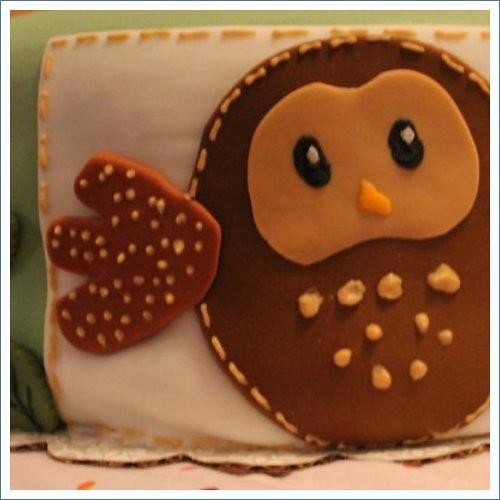 owl on cake