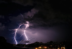 St Barth clair 05 lightning (muscapix) Tags: ocean sea cloud mer storm nature night speed canon landscape mar photo interestingness nikon bestof power image horizon flash picture pluie award science powershot iso stop pixel plasma lightning nuage paysage nuit nocturne watt marino paesaggio orage stbarth horizonte volt physique vitesse dcor tempesta mto illuminazione phnomne chimie ocano rapide arret sbh  scne stbarthelemy clair fwi climat puissance nergie phenomene ampre     longueexpo tempette  speedscene muscapix muscacorp sbhnature