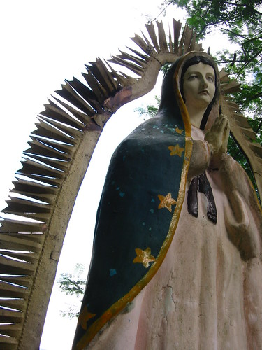 guadalupe giant statue